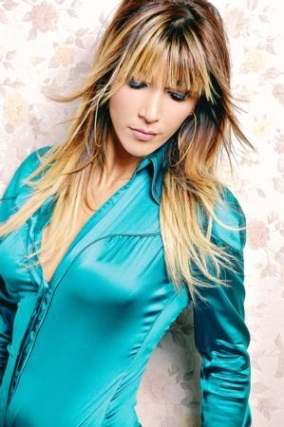 Hande Yener